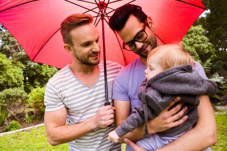 Debatt om surrogatmödraskap - Nordic Surrogacy