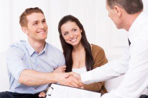 Vi hjälper er föräldrar med all förberedelse och stöttning för att få processen att gå så smidigt som möjligt
