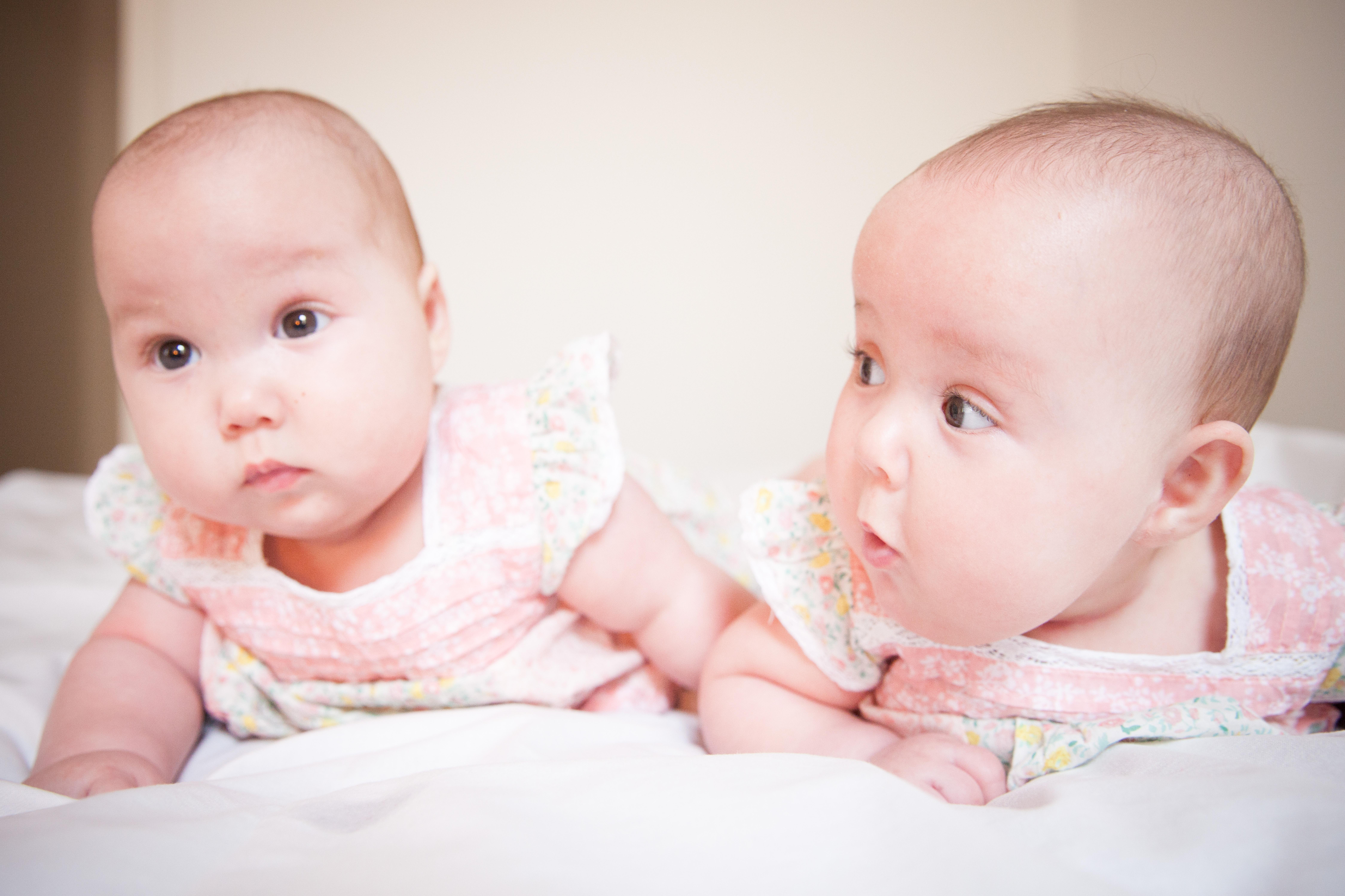 Surrogatarrangemang blir vanligare passerar antalet adoptioner hos ofrivilligt barnlösa - Nordic Surrogacy