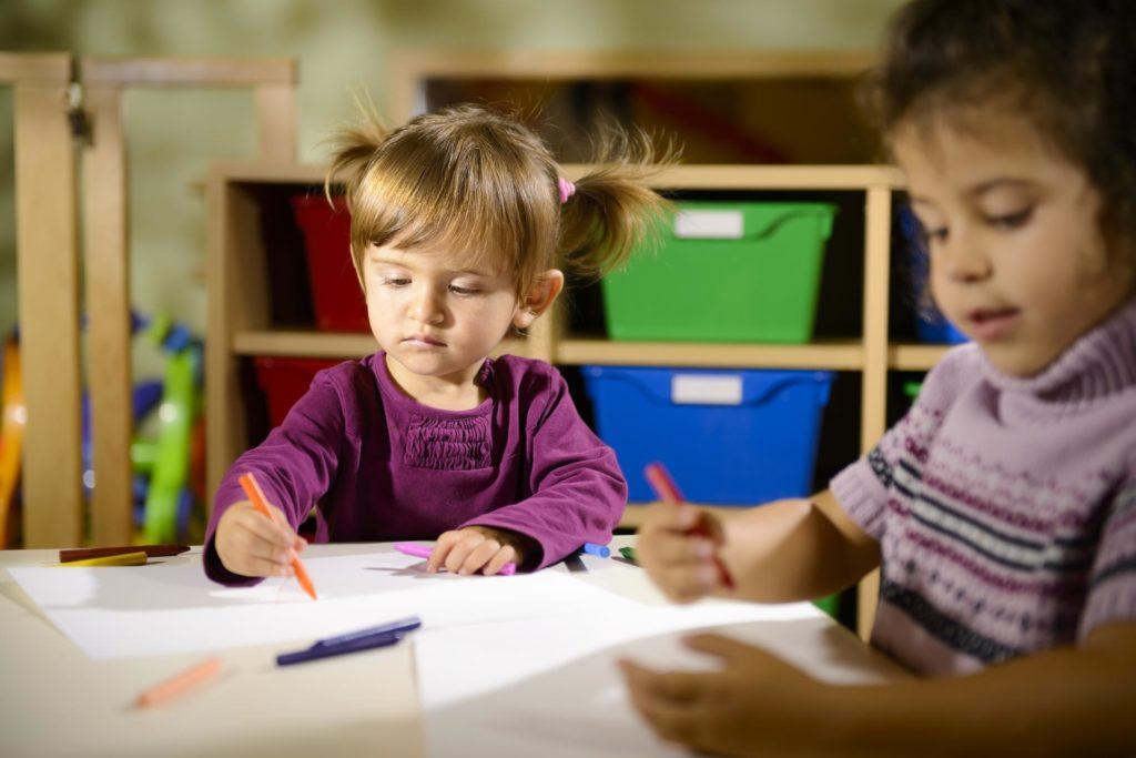 Adoptionsformidler i knibe Lukker for nye ansøgere - Nordic Surrogacy
